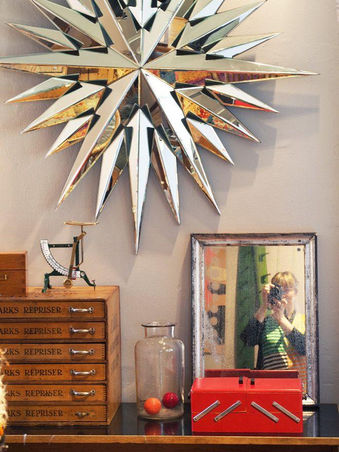 Antiques, home decor, plants, textiles. Very classy and inspiring! Vaernedamsvej 6. http://www.shopdora.dk/