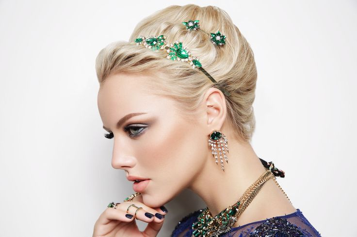 diva woman Collection of Emerald #diva #accessorize #green #blue #fashion #campaign #model #winter #look