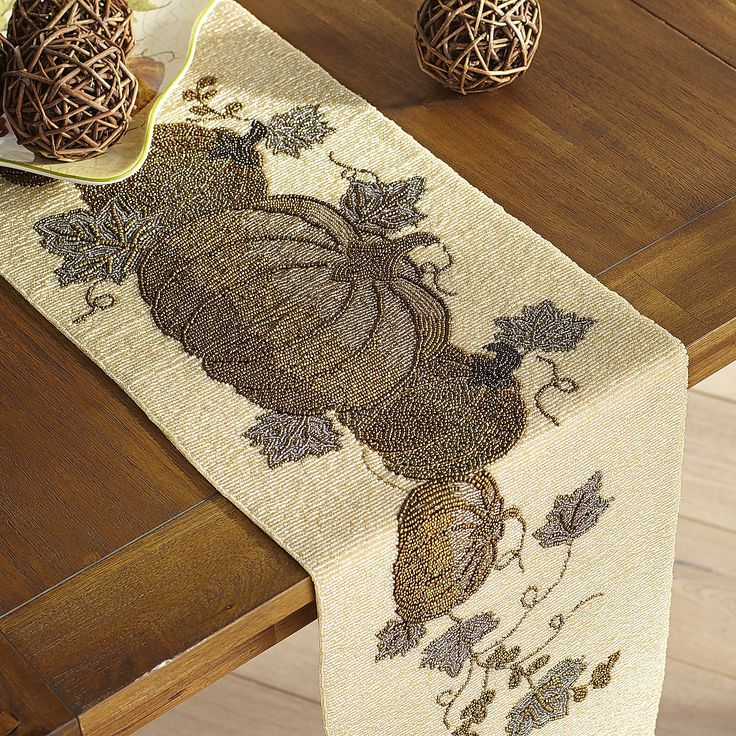 327 Best Table Linens Gt Table Runners Images On