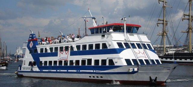 """MS """"Adler Princess"""" Hamburg - Eventschiff - feiern auf hoher See #eventschiff #schiff #see #fluss #meer #rundfahrt #segeln #boot #privat #special #eventlocation #eventinc #yacht #yachten #design #outdoor"""