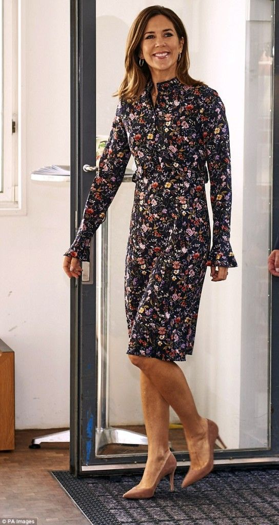 """Julie Fagerholt Heartmade """"Helon"""" silky dress in dusty flower print with rounded neck. Upper part with buttons in front. Flounces at waist line and on cuffs."""