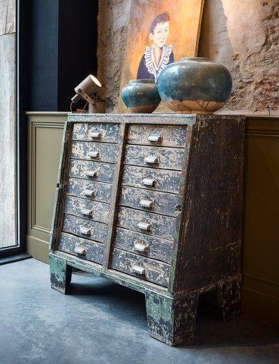 Authentieke ladenkast - Storage a plenty - Authentic drawer cabinet - #WoonTheater