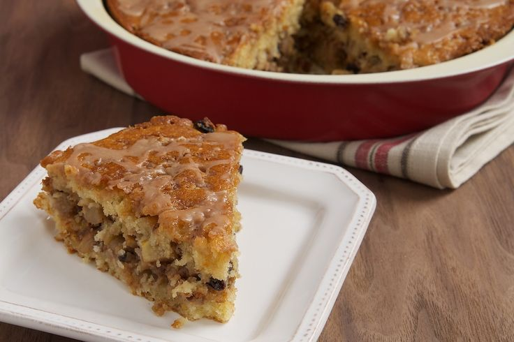 Apple Streusel Coffee Cake is a buttery, sweet cake packed with apples, currants, pecans, brown sugar, and cinnamon.