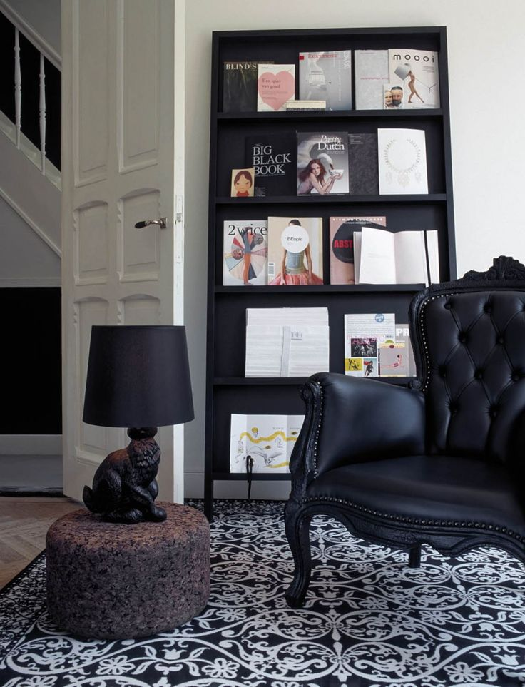 Oblique by Marcel Wanders Make this the mood board of your lifestyle. Display all your favorite publications, company magazines, booklets, guides or photos in the chicest way possible.