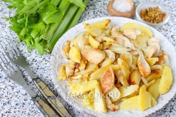 Жареная картошка с курицей