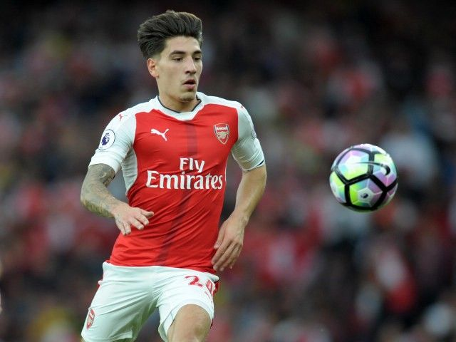 Hector Bellerin announces that he has signed a new contract at Arsenal