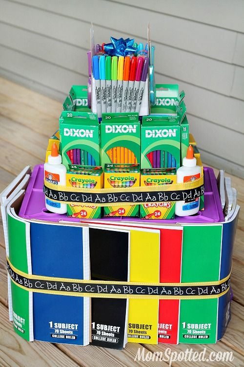 School Supply Cake Tutorial #StaplesBTS