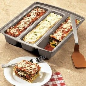 Make three different lasagnas at one time.  Smart!: Types Of, Ideas, Food, Kitchen, Lasagna Trio, Lasagna Pan, Trio Pan, Fresh Finds