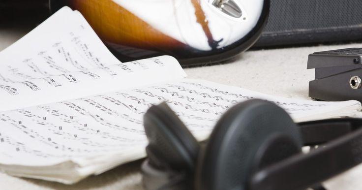 Cómo masterizar con el Cubase. La masterización es el escalón final esencial de cualquier proyecto de grabación de audio. Luego de que has grabado y mezclado todas tus pistas puedes empezar el proceso de balancear los rangos de frecuencia (ecualización) y suavizar tus dinámicas (compresión) para obtener un producto final que suene pulido y profesional. Si planeas masterizar tu ...