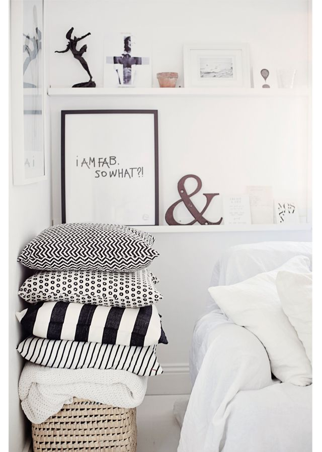 pretty printed pillows.