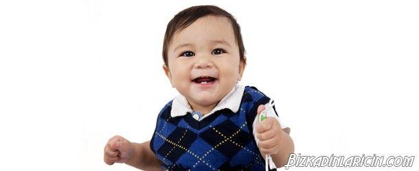 Erkek Bebekler İçin Bir Yaş Doğum Günü Kıyafetleri - http://www.bizkadinlaricin.com/erkek-bebekler-icin-bir-yas-dogum-gunu-kiyafetleri.html  Çocuklarımız bizlerin en kıymetli varlıklarındandır. Onların bir gülümsemesi ile dünyalar bizim olur. 1 yaş doğum günü kıyafetleri erkek bebek giysileri resim galerimizde oğluna doğum günü yapmak isteyen ve fikir arayışı içinde olan kişilere ilham olabilecek birbirinden güzel, cici erkek bebek takımlar