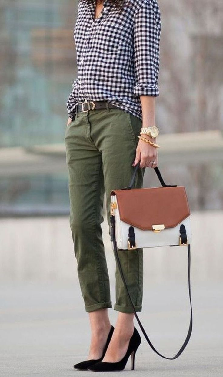 Flannel shirt with khaki pants  Impressive Work Outfit Ideas Trends   Fall Fashion in