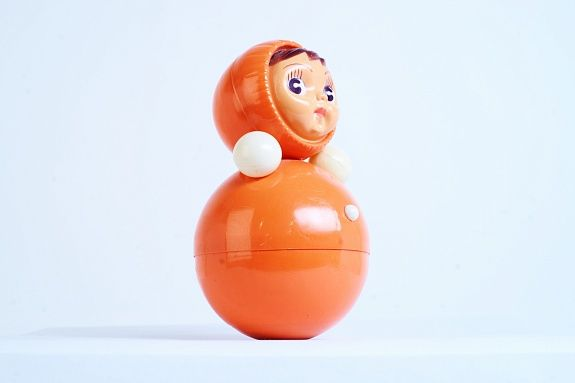 "A weeble wobble toy ""Nevalyashka"". Very similar to old japanese Poron-chan toy ;) Игрушка «Неваляшка», СССР, из коллекции Московского музея дизайна."