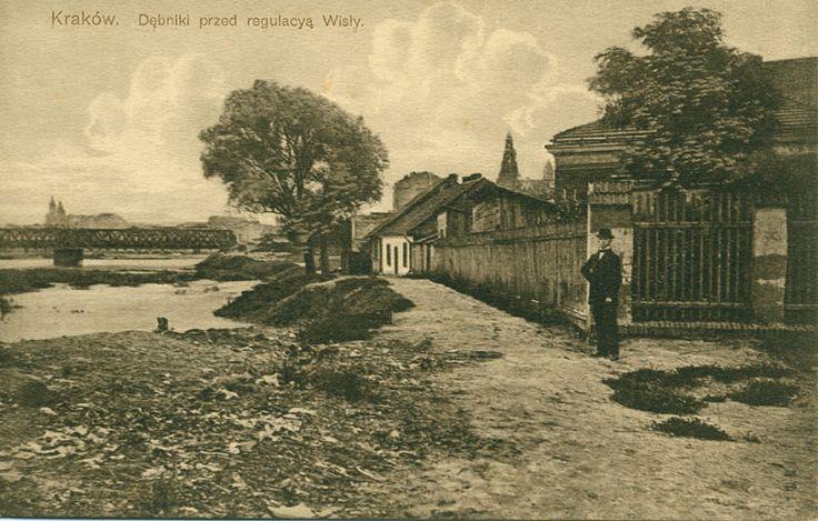 Dębniki - w tle ówczesny most Dębnicki i Wawel. Ze zbiorów Marka Sosenki. Galeria: Dawne widokówki.