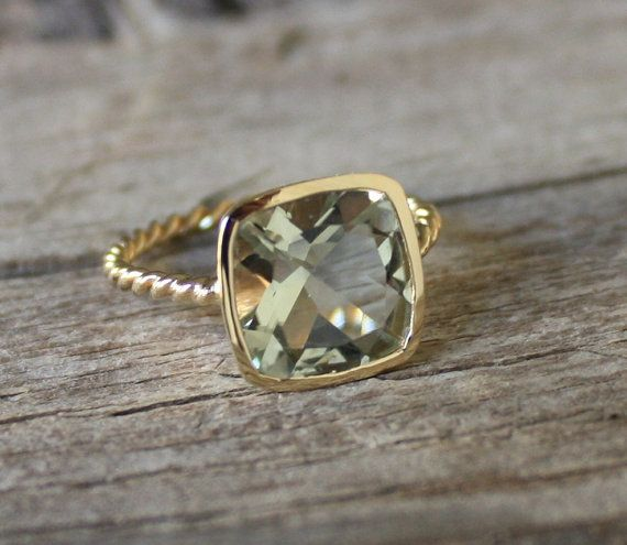 4 Cts. Cushion Sage Green Amethyst Twist Ring in 14K Yellow Gold