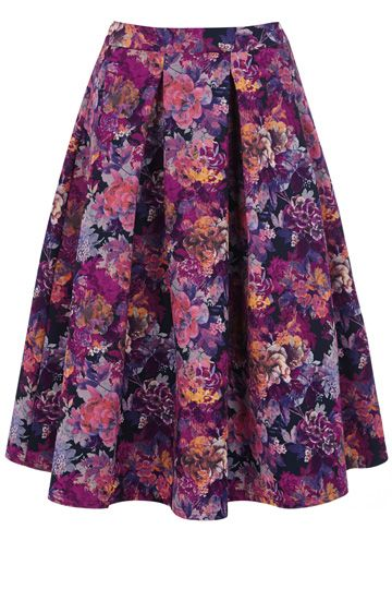 You should've heard the aww and ahh sounds coming from Oasis HO when this skirt came in, but can you really blame us
