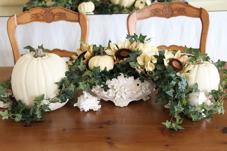 Coastal Autumn Tablescape: Idea, Coastal Style, White Pumpkins