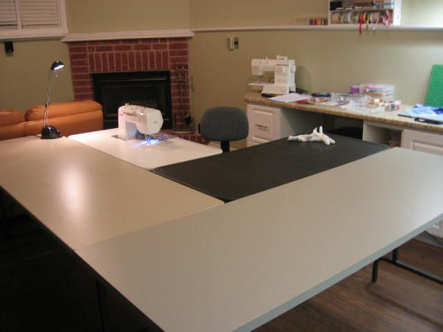 17 best images about sewing craft room ideas on pinterest cutting tables leaves and sewing - Sewing table for small spaces design ...