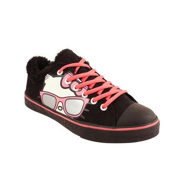 Because she's cool like that! =)Kitty Sneakers, Kitty Iris, Irises, Kitty Kitty, Hellokitty, Hello Kitty Shoes, Malibu Sneakers, Sneakers Black, Iris Malibu