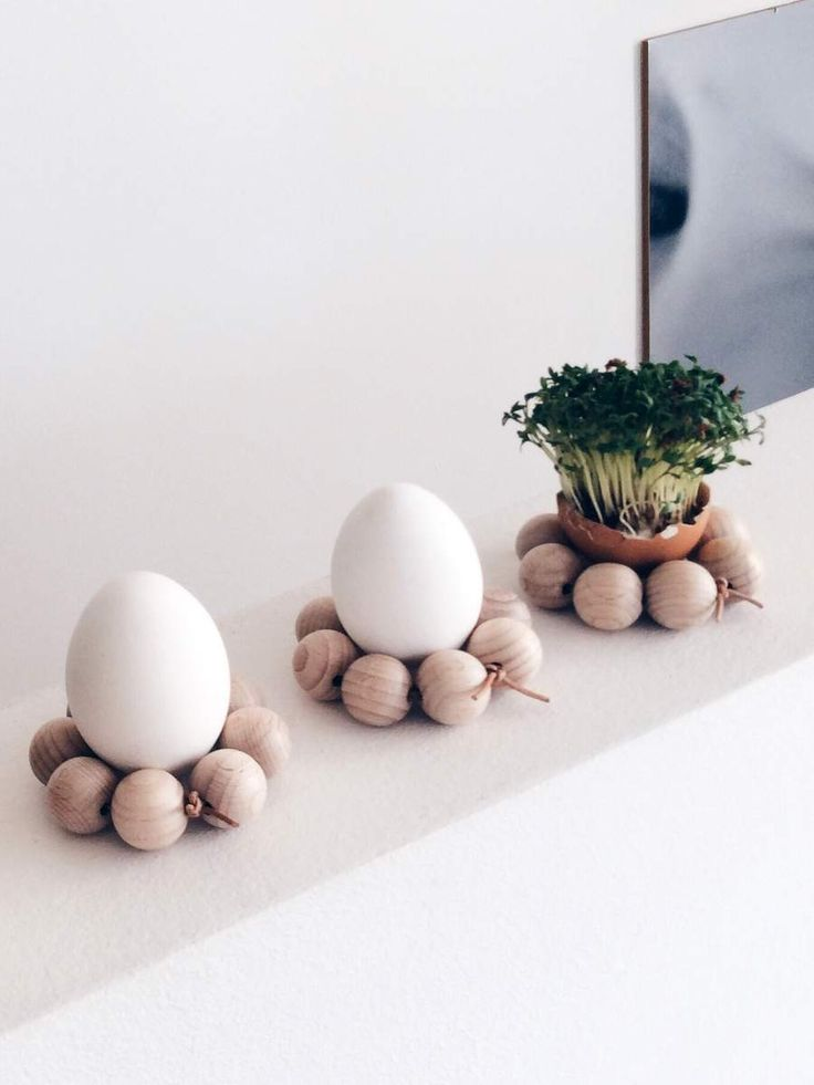 Eierbecher aus Holzkugeln DIY-Anleitung // eggcup made of wooden beads // von knobz