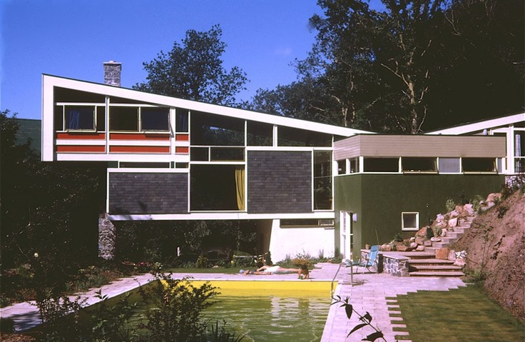A  must see site for 60's house Design: Kaywana Hall