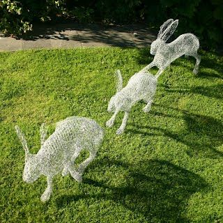 Chris Mossart wire sculpture