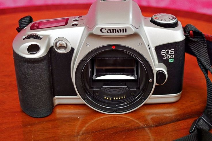 Canon EOS 500N Auto Focus 35mm Film SLR Camera (Body Only) with Manual #Canon