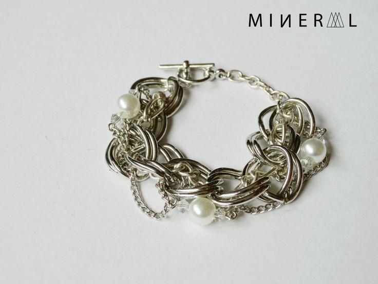 Silver Chain Bracelet de la boutique MNRL sur Etsy