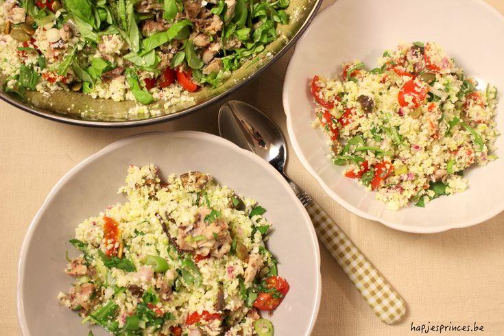 Tabouleh van bloemkool en sardientjes is een gezond een koolhydraatarm recept. Sardienen bevatten dan weer goed wat eiwitten. Ideaal gerecht voor de 8 weeks to hot pants.