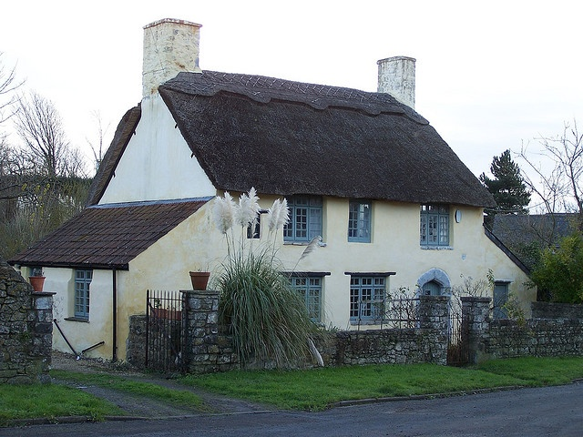 Welsh thatched cottage - Gileston near west Aberthaw, Vale of Glamorgan, South Wales, UK