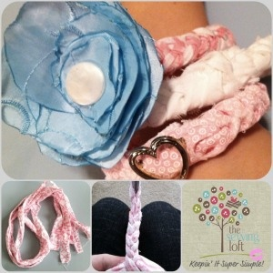 Flirty FabricBracelet: Easy Fabrics, Bracelets Tutorials, Braids Fabrics, Easy Tutorials, Crafty Things, Braids Bracelets, Diy Bracelets, Bracelets Small, Fabrics Bracelets