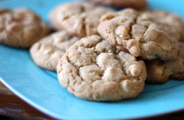 Jennie's Peanut Butter White Chocolate Chip Cookies
