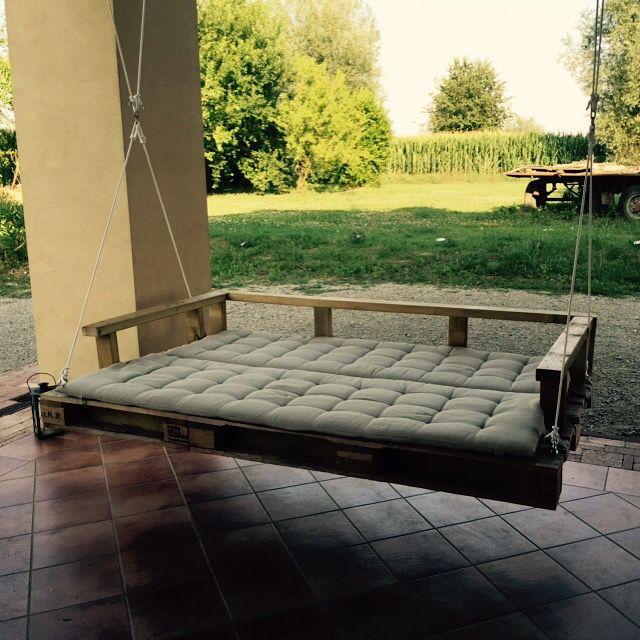 Porch swing diy using pallets