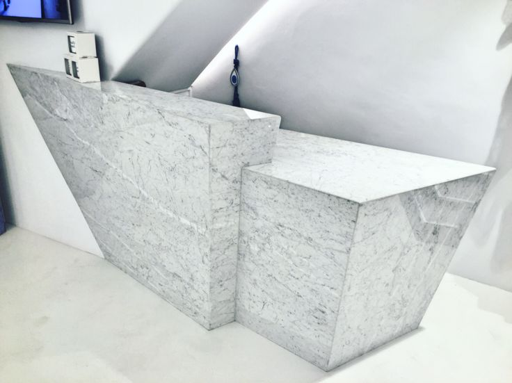 Marble made reception desk for a chic boutique