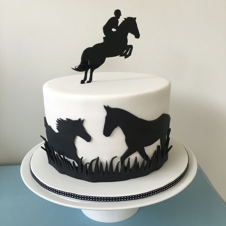 Cake Decorating Horseshoes : Best 25+ Horse cake ideas on Pinterest Horse birthday ...