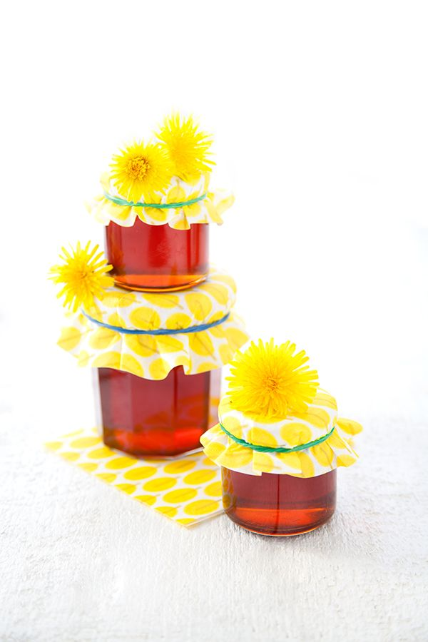 100 % Végétal: Gelée de fleurs de pissenlit : le miel vegan fait maison ! // A homemade vegan alternative to honey : dandelion jelly !