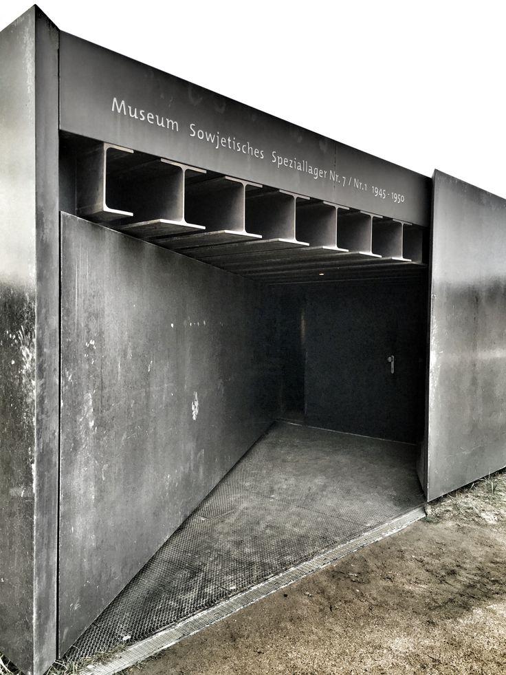 Museum_stahl_steel_black_history