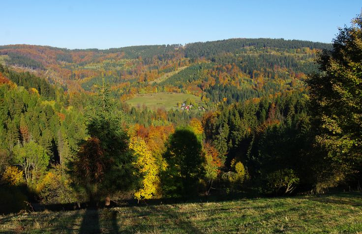Gregor Samsa posted a photo:  The Moravian–Silesian Beskids (Czech: Moravskoslezské Beskydy, Slovak: Moravsko-sliezske Beskydy) is a mountain range in the Czech Republic with a small part reaching to Slovakia. It lies on the historical division between Moravia and Silesia, hence the name. It is part of the Western Beskids, which is in turn part of the Outer Western Carpathians.  The mountains were created during the Alpine Orogeny in the Tertiary. Geologically, they consist mainly of flysch…