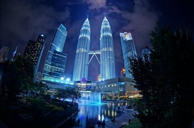 We're in love with this cityscape too! #kualalumpur Just check out for yourself www.sanose.fi
