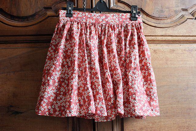 une jupe froncée (des instructions pour la réaliser)