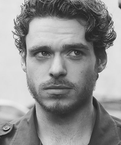 Richard Madden... Scottish deliciousness.