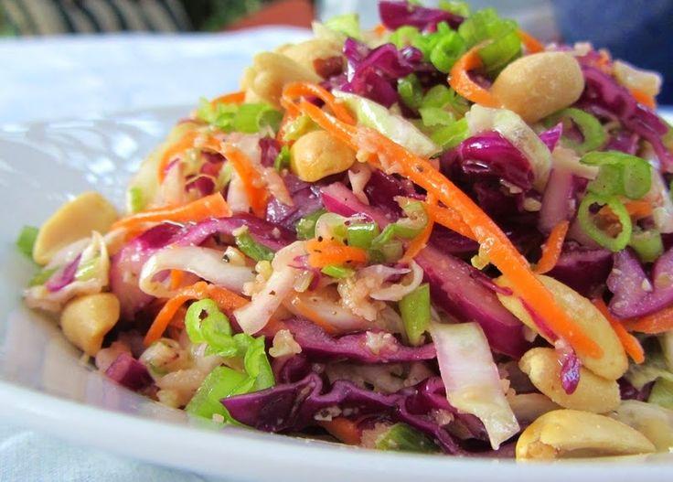 Cantinho Vegetariano: Salada de Repolho e Cenoura com Molho de Amendoim ...