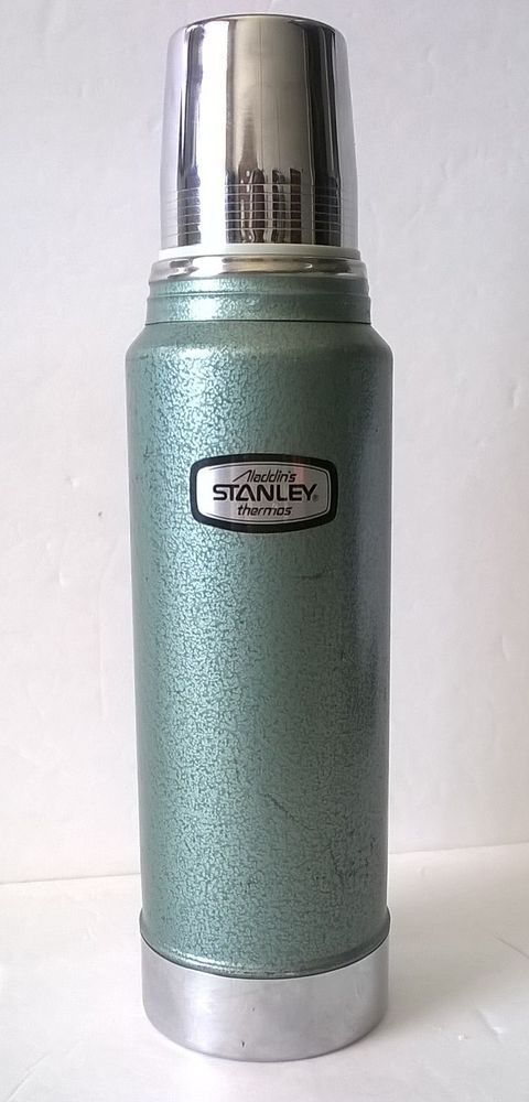 vintage aladdin stanley a 944c thermos 100 cup 11 stopper 32 ounce super clean collectibles. Black Bedroom Furniture Sets. Home Design Ideas