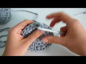 Мастер-класс: вязание корзинки-стаканчика из трикотажной пряжи. Часть 1. - YouTube