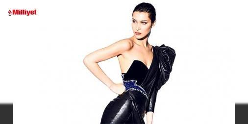 Bir Bella klasiği: 11 milyondan fazla takipçisi olan modele, binlerce yorum ve beğeni geldi. Straplez, taşlarla süslenmiş deri elbiseler giyen Hadid, tercihini siyah renkten yana kullandı. Model, sade şıklığıve güzelliğiyle yine büyüledi....
