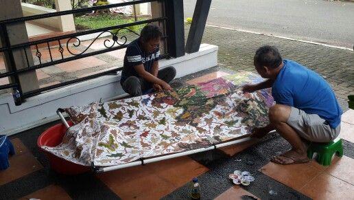Batik colouring activity...Griya Khenest Galery...Perumahan Citra Gran Cibubur Kota Bekasi Indonesia