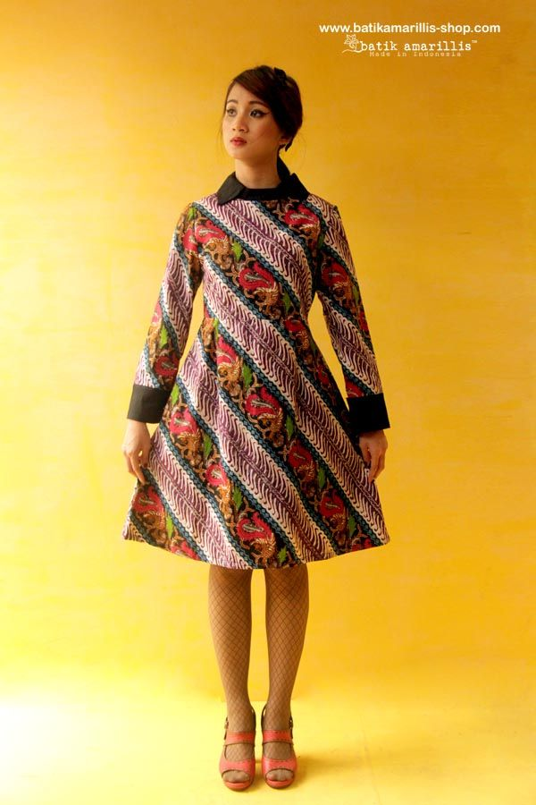 Batik Amarillis's Wednesday dress ... Chic dress accented with a crisp contrast collar and matching cuffs. available at Batik Amarillis webstore/website on http://batikamarillis-shop.com/