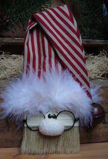 Cherry's Prairie Primitives: paint brush Santa!!