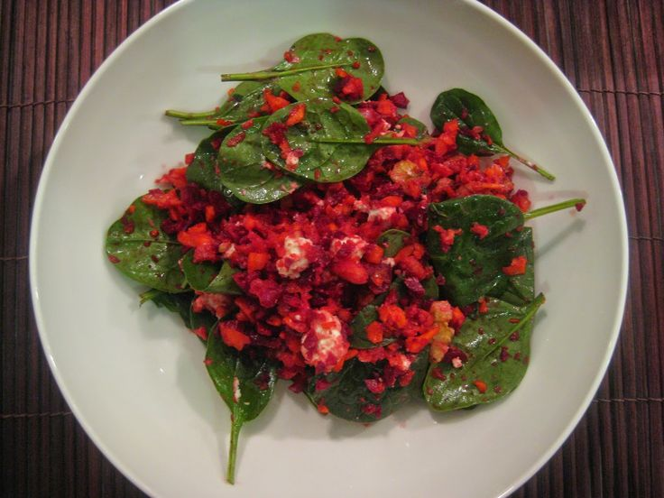 My Thermomix Kitchen - Blog for healthy low fat Weight Watchers friendly recipes for the Thermomix : Crunchy Beetroot and Carrot Salad with Fetta