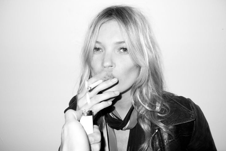 puffTerry O'Neil, Girls, Black And White, Beautiful, Photography Portraits, Katemoss, People, Kate Moss, Terry Richardson